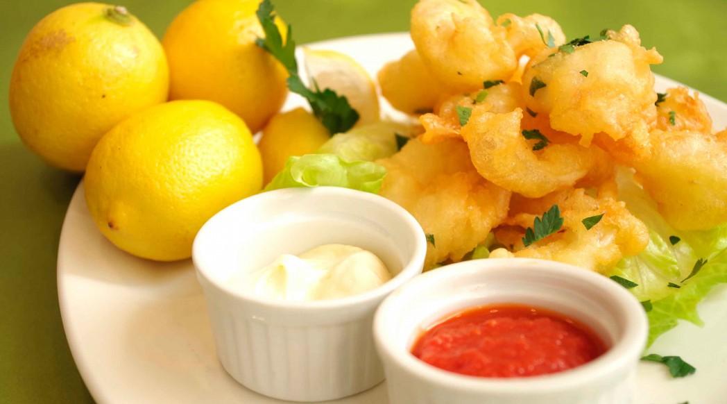 ... deep fried calamari, with a side of marinara sauce or lemon mayonnaise