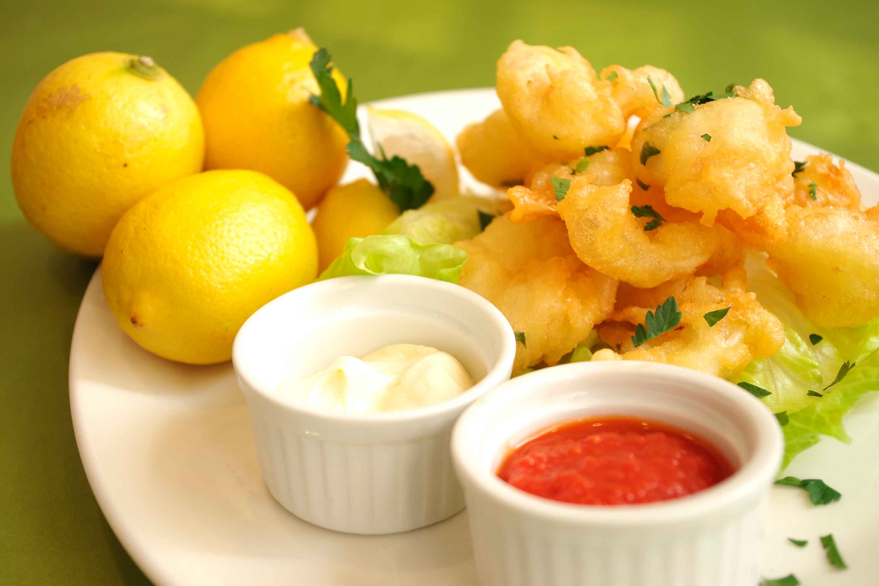 Carpaccio - Calamari fritti - lightly buttered and deep fried calamari, with a side of marinara sauce or lemon mayonnaise